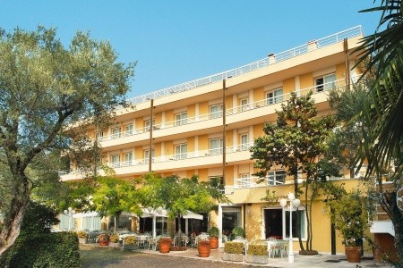 Hotel Internazionale - Lago di Garda  - Itálie