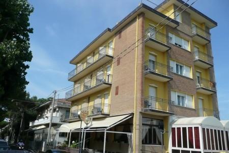 Hotel Crosal - hotel