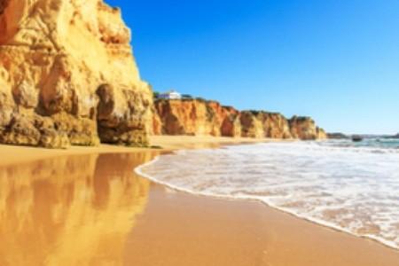 Kouzlo v zrnku písku: 10 nejkrásnějších pláží Evropy