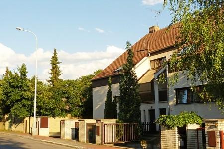 Hodkovičky - Levné ubytování v Praze a okolí