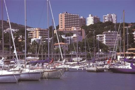 Hotel Blue Bay - v březnu