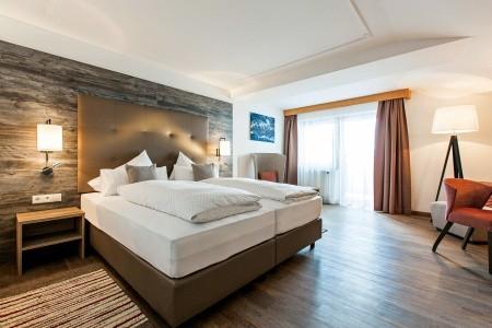 Hotel Tirolerhof - Fulmpes - v červenci