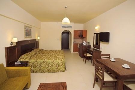 Euronapa Hotel Apartments