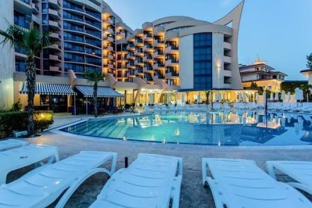 Marlin Beach Hotel - v srpnu