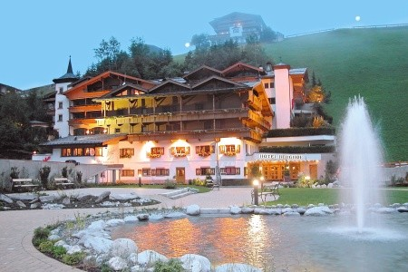 Berghof Hintertux Crystal Spa & Sport - v říjnu