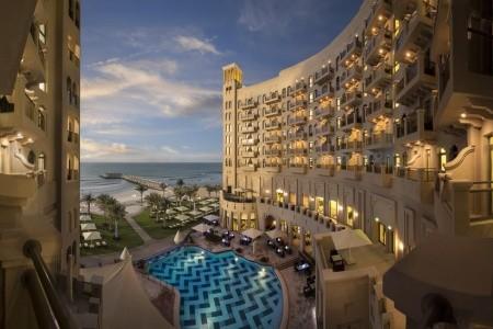 Bahi Ajman Palace Hotel - v květnu