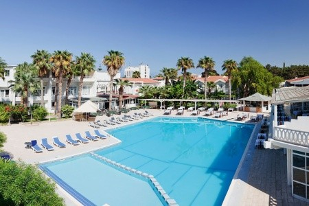 La Hotel - Kypr v listopadu