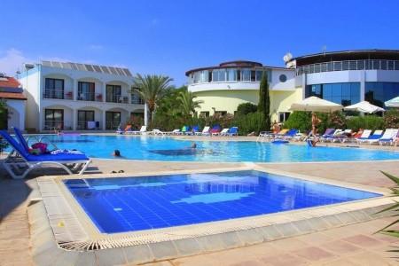 Crystal Rock Holiday Resort