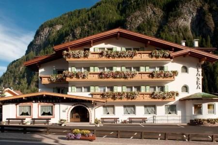 Hotel Alaska S Bazénem Pig- Campitello Di Fassa - hotel