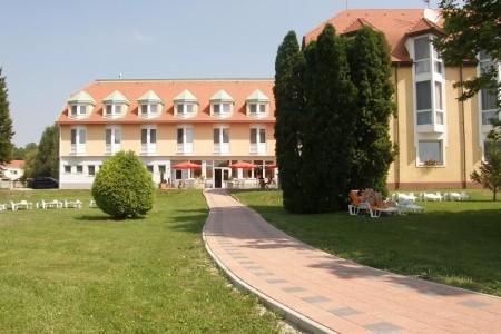 Hotel Termál Aqua, Maďarsko, Termální Lázně