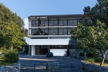 Hotel Ad Turres ***