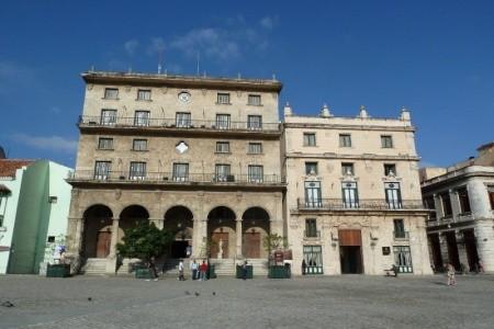 Palacio Del Marques De San Felipe Y Santiago De Be - v listopadu