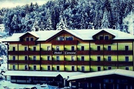 Caminetto Mountain Resort  ***s - v únoru