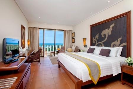 Mövenpick Resort & Spa Karon Beach Phuket, Thajsko, Phuket