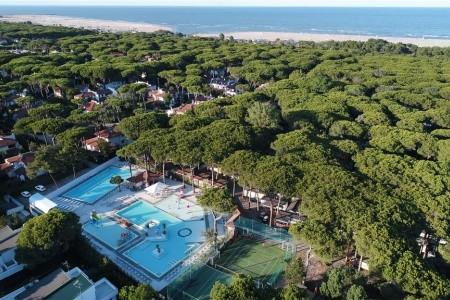 Mare E Pineta International Camping
