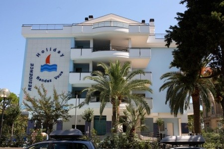 Residence Holiday Rendez Vous - Pineto - Last Minute a dovolená