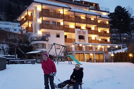 Hotel Rosenhof**** - Last Minute a dovolená