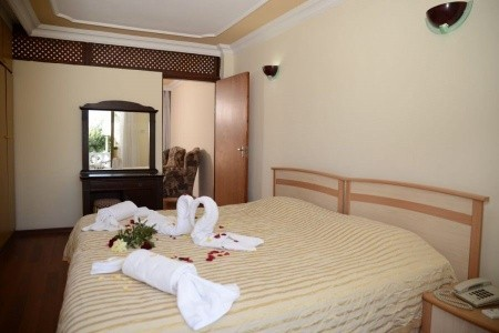 Riverside Garden Resort, Kypr,
