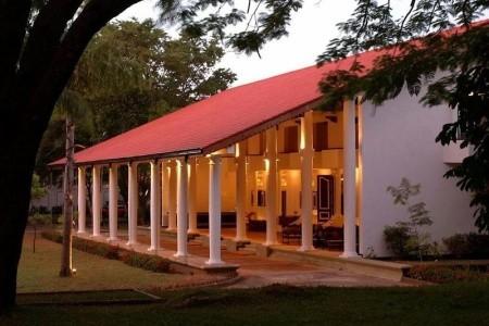 Cinnamon Lodge Habarana - v únoru
