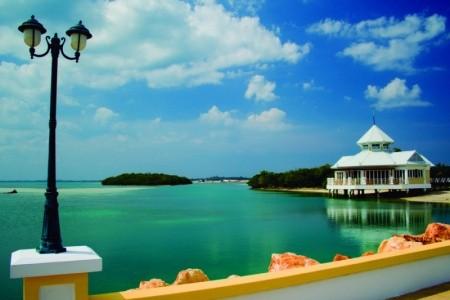Blau Marina Palace