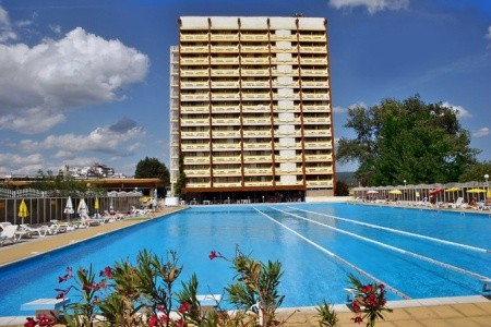 Europe Hotel And Casino - v srpnu