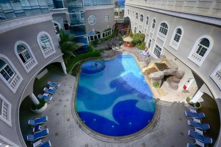Sharjah Premiere Hotel & Resort - v květnu