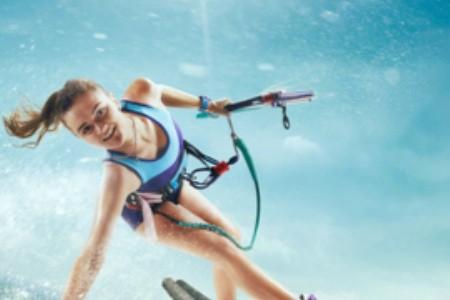 Surfkiting: Naučte se zkrotit vítr a létat na vlnách!