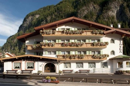 Hotel Alaska - Val Di Fassa