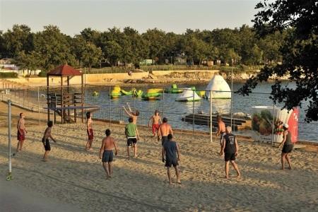 Camping Bijela Uvala ****: Pobyt V Mobilních Domcích Sun Lodge 5 Nocí