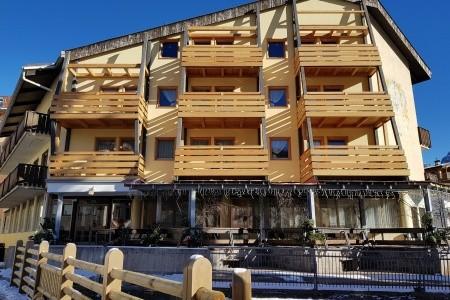 Hotel Moena Deville ***