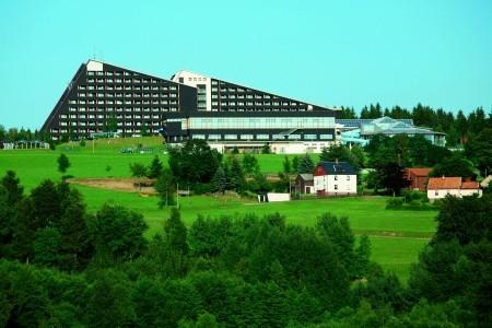 Ifa Schöneck Hotel & Ferienpark - v květnu