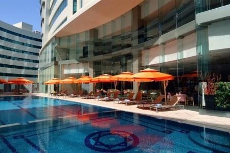 Holiday Villa Hotel & Residence Doha Polopenze
