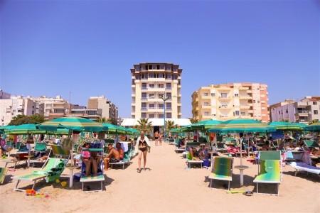 Hotel Perandor Beach - Dotované Pobyty 50+ - letecky all inclusive
