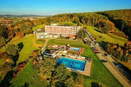 Kostelec U Zlína - Hotel Lázně - pro seniory