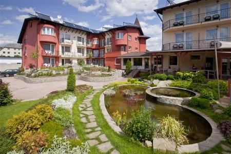 Hotel Szőnyi Garden