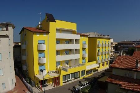 Hotel Nederland Pig- Caorle - v červnu