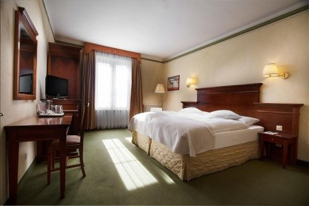 Hotel Reine Victoria Polopenze First Minute