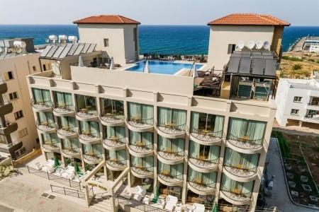 Olivia Palm Hotel - v srpnu