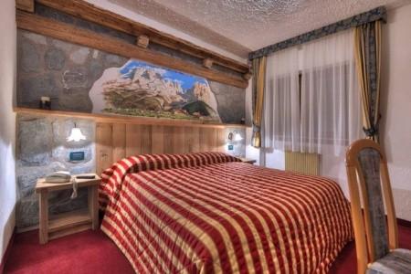 Hotel Selva S Bazénem Pig- Folgarida Di Dimaro - Last Minute a dovolená