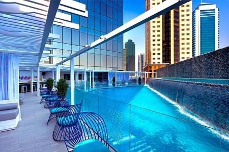 W Doha Hotel & Residence Plná penze