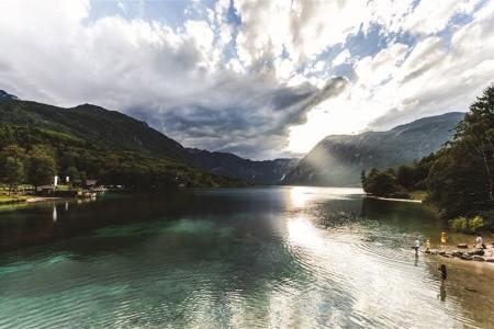 Bohinjské jezero, vrchol Vogel a kaňon Mostnica - Autobusem