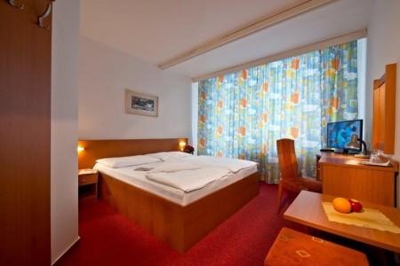 Hotel Sorea Urán - silvestr