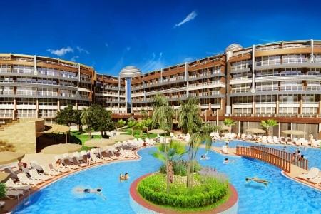 Arnor De Luxe Hotel And Spa - U moře