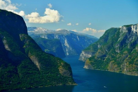 KLENOTY NORSKA A ISLANDU