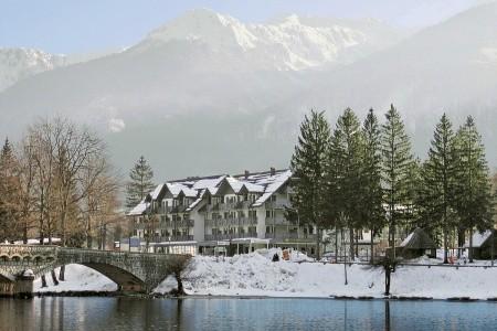 Hotel Jezero - polopenze