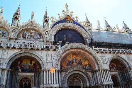 Relais Piazza San Marco - v červenci