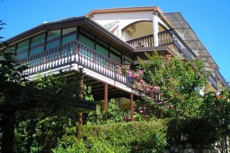 Adria Haus Apartmány Se Snídaní