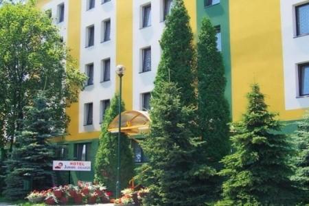 Hotel Krakus - autem
