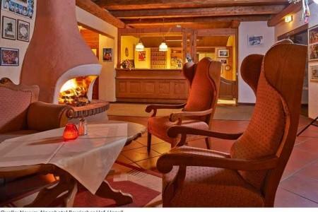 Hotel Bayerischer Hof ***s. - v září