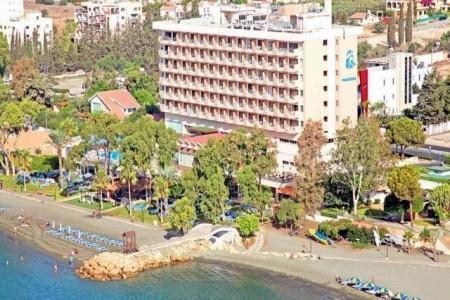 Poseidonia Beach Hotel - Kypr letecky z Bratislavy s polopenzí
